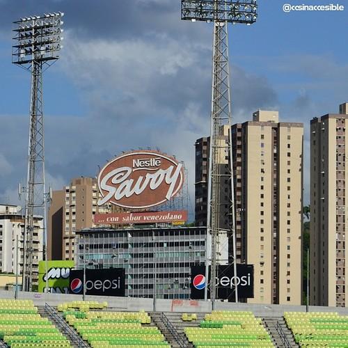 Caracas Inaccesible Estadio Universitario